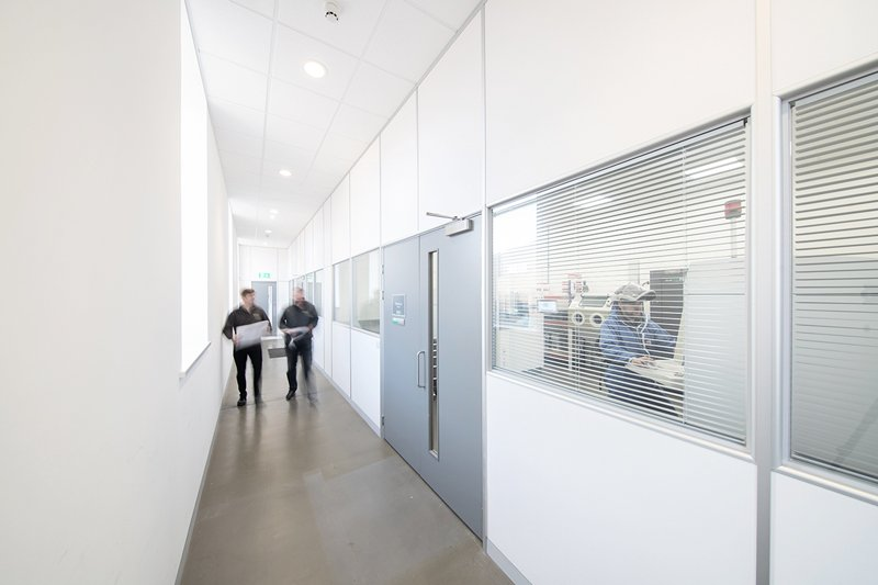Material Specific Additive Manufacturing Rooms